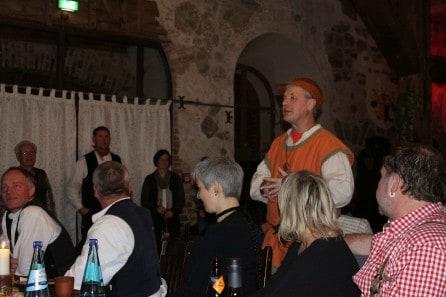 Ralf der Rabe auf Burg Rabenstein