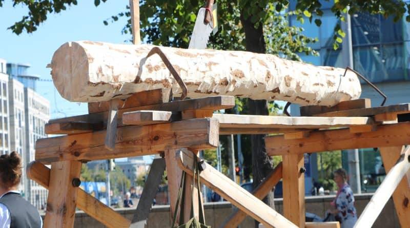 Wird das Holz kpapp?
