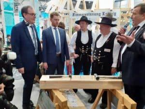 Ministerpräsident Michael Kretschmer am Innungsstand